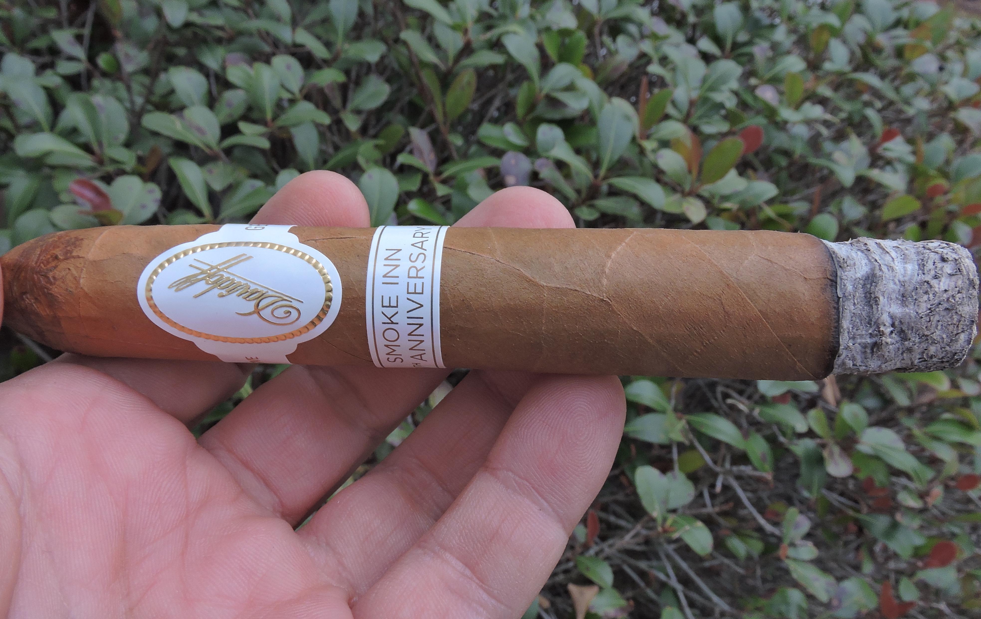 smoke_inn_20th_anniversary_by_davidoff-burnjpg