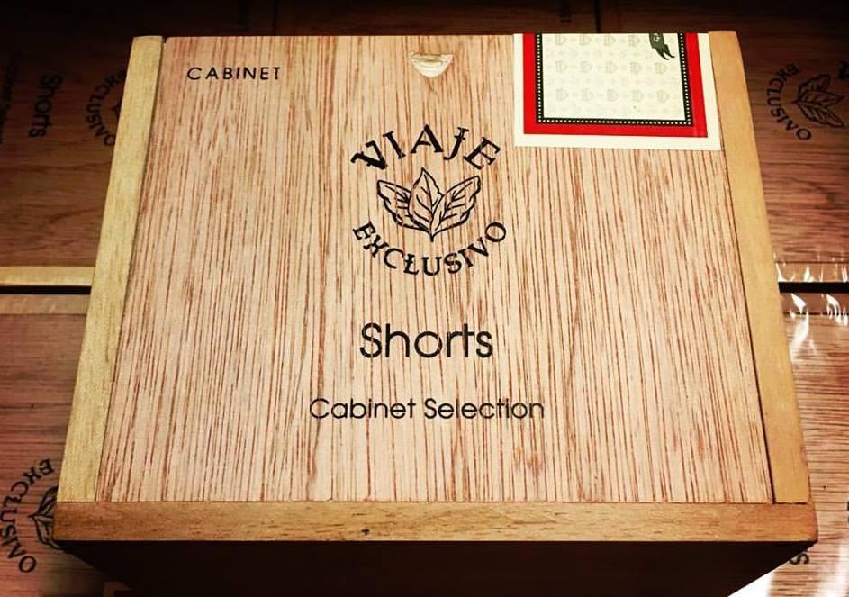 Viaje Exclusivo Shorts