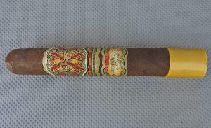 Cigar Review: Fuente Fuente OpusX Rosado Oscuro Oro Robusto