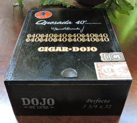 Quesada Dojo de Luxe - Closed Box