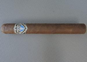 Cigar Review: Viaje Exclusivo Nicaragua Toro