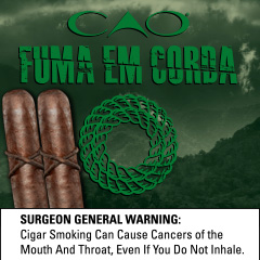 CAO_Fuma_Em_Corda