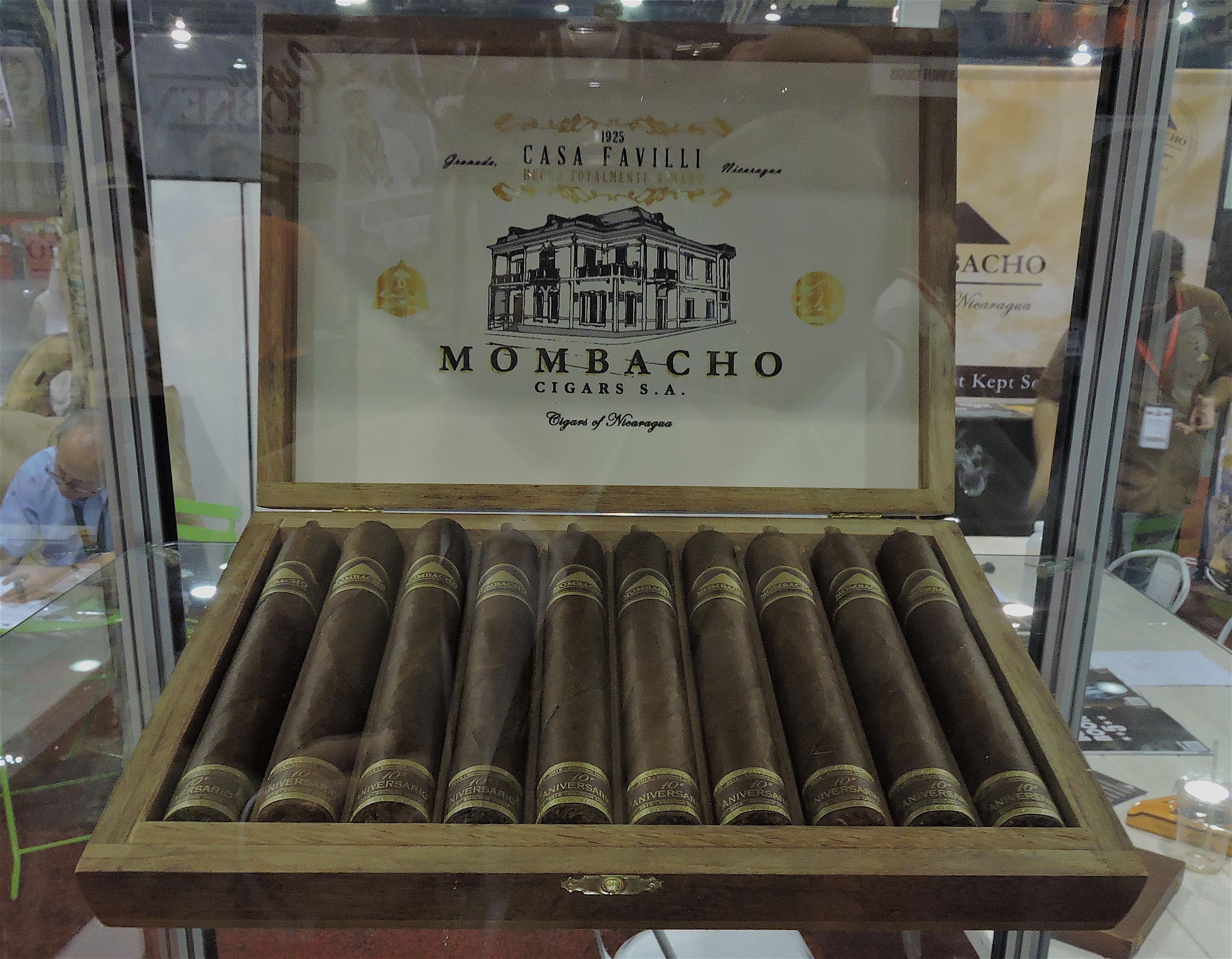 Mombacho 10th Anniversary Magnifco