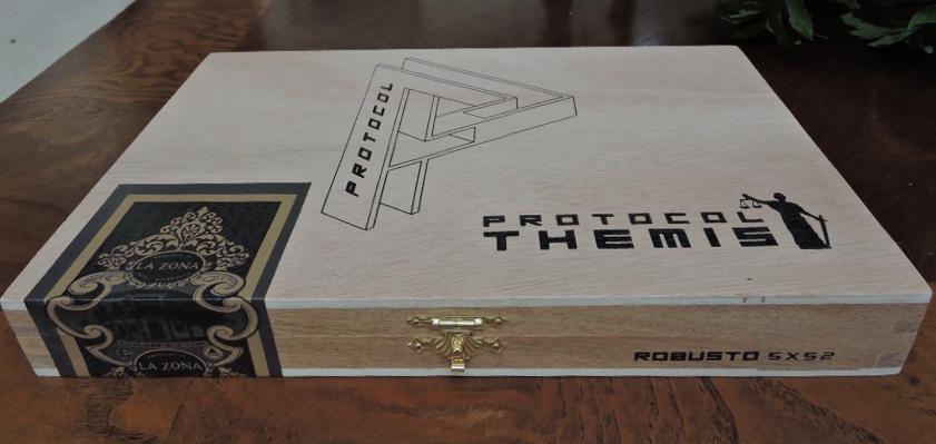 Protocol Themis Robusto Box-Closed