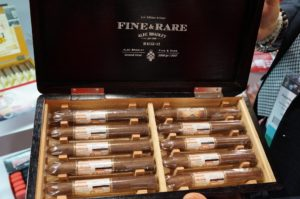 Cigar News: Alec Bradley Fine & Rare 2017 Brings Back 2012 Blend