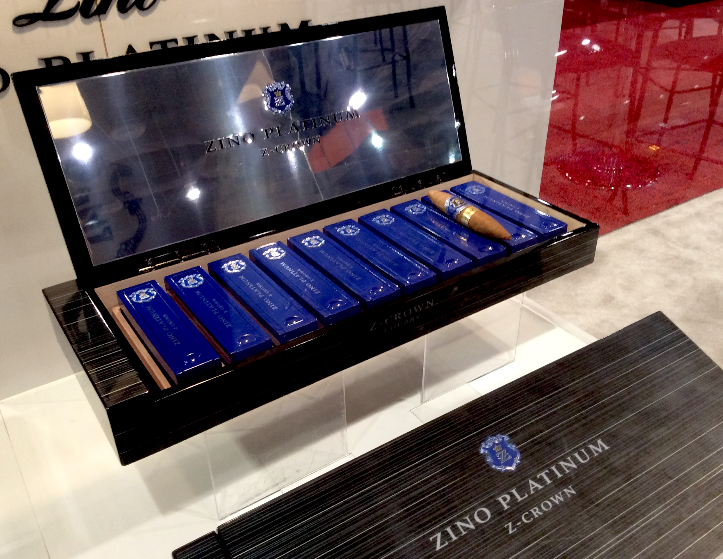 Cigar News: Zino Platinum Z-Crown Series Launched at 2017 IPCPR