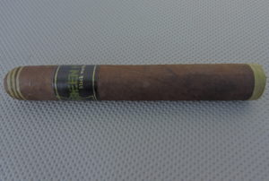 Agile Cigar Review: Black Works Studio Green Hornet Robusto