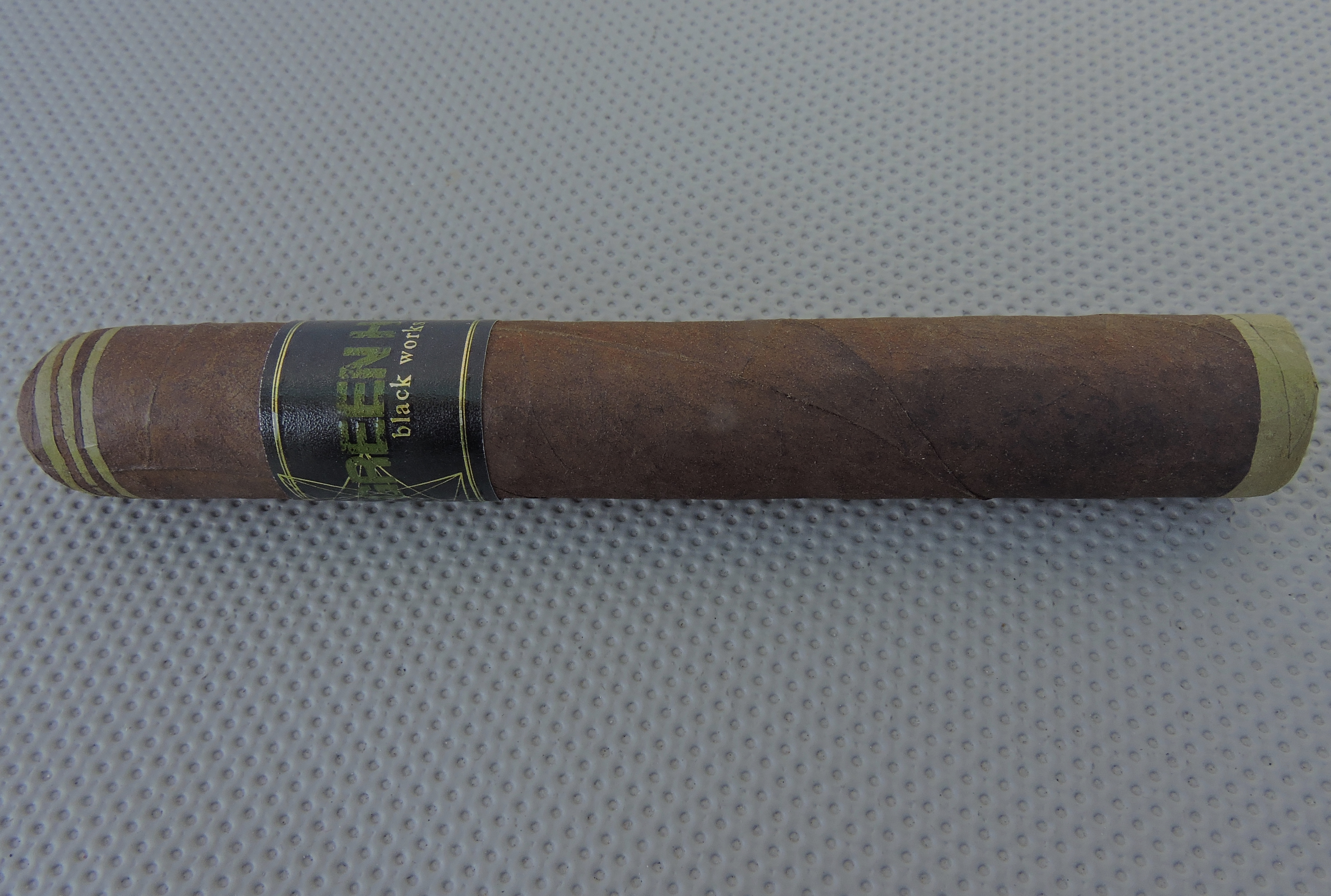 Black Works Studio Green Hornet Robusto