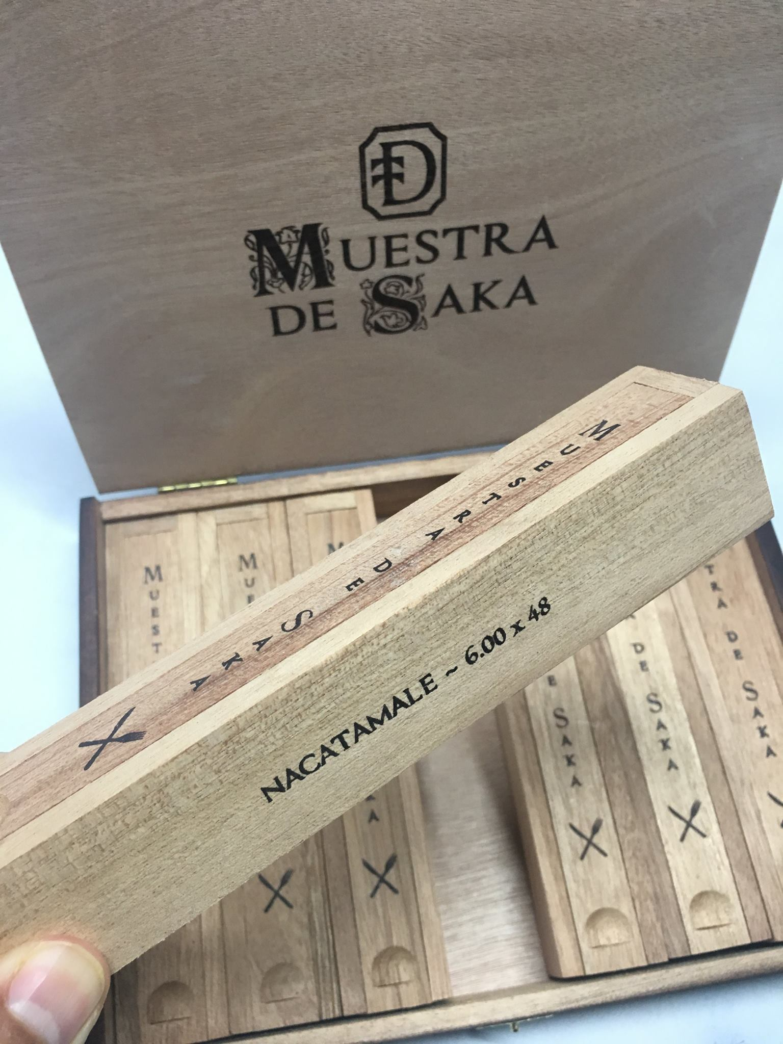 Dunbarton Tobacco & Trust Muestra de Saka Nacatamale