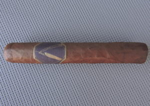 Cigar Review: La Barba Purple Robusto