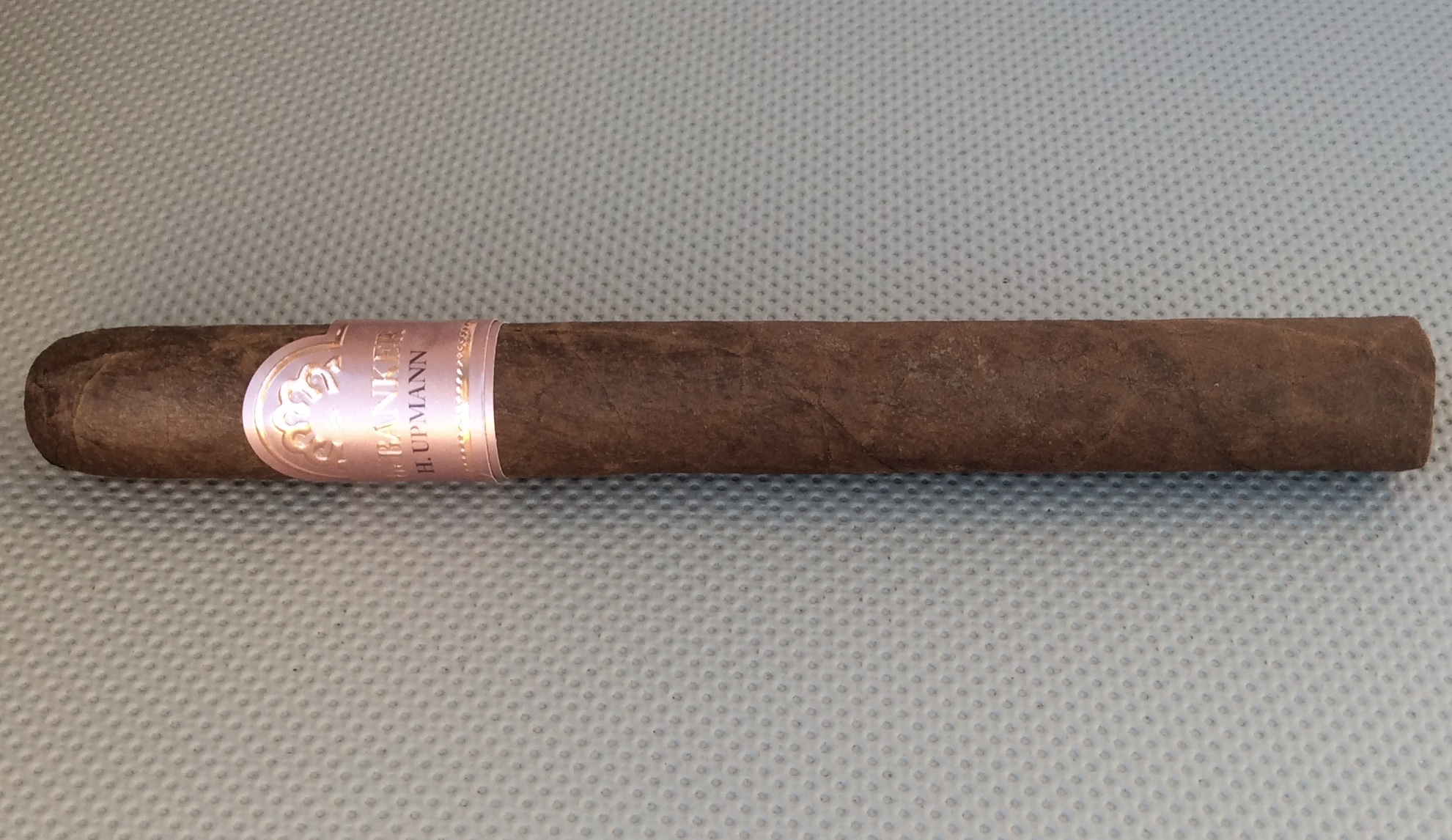 H. Upmann The Banker Ingot Rosé by Altadis U.S.A. - Sleeve Removed