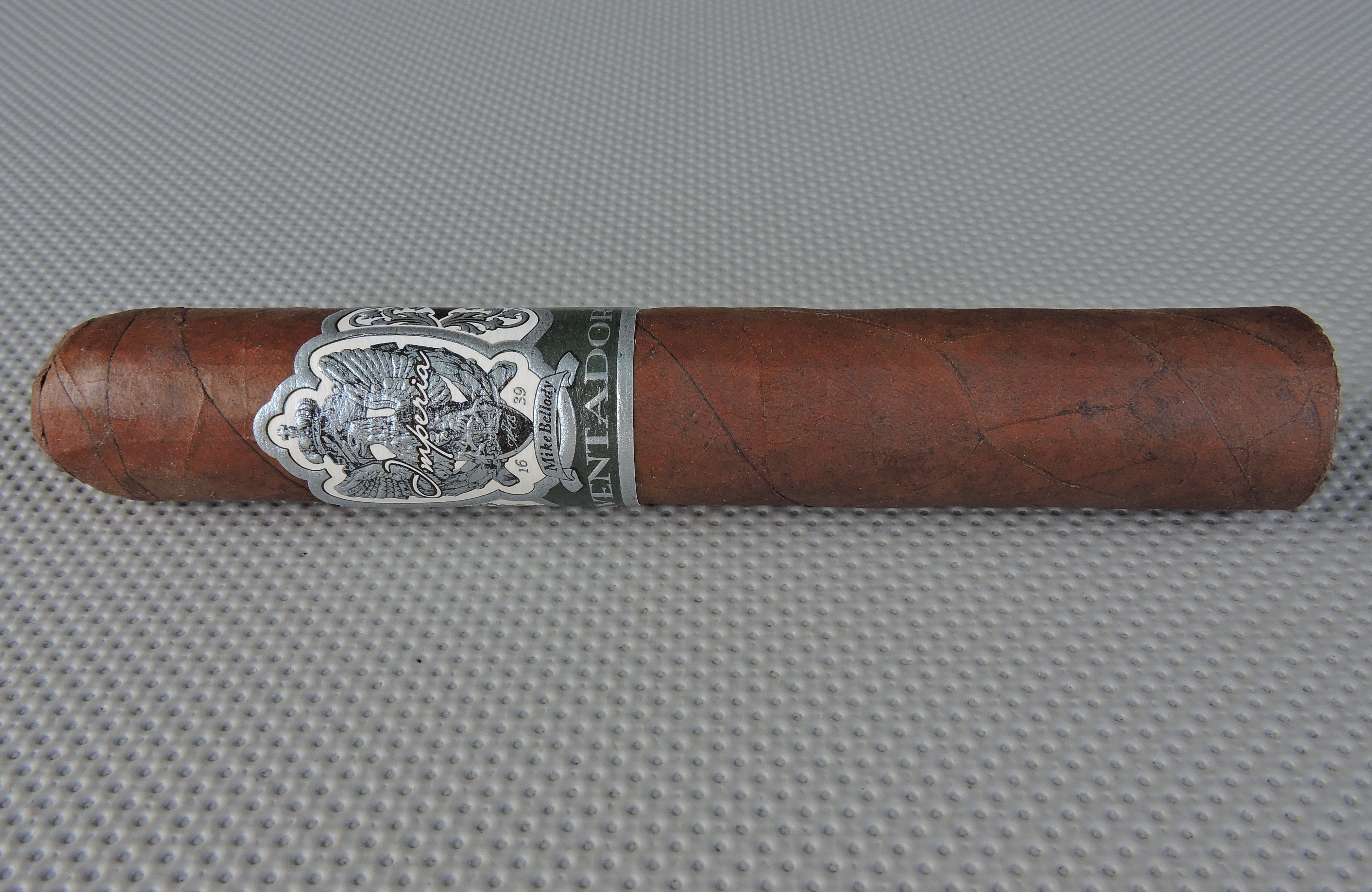 Cigar Review: Imperia Aventador Robusto by MLB Cigar Ventures