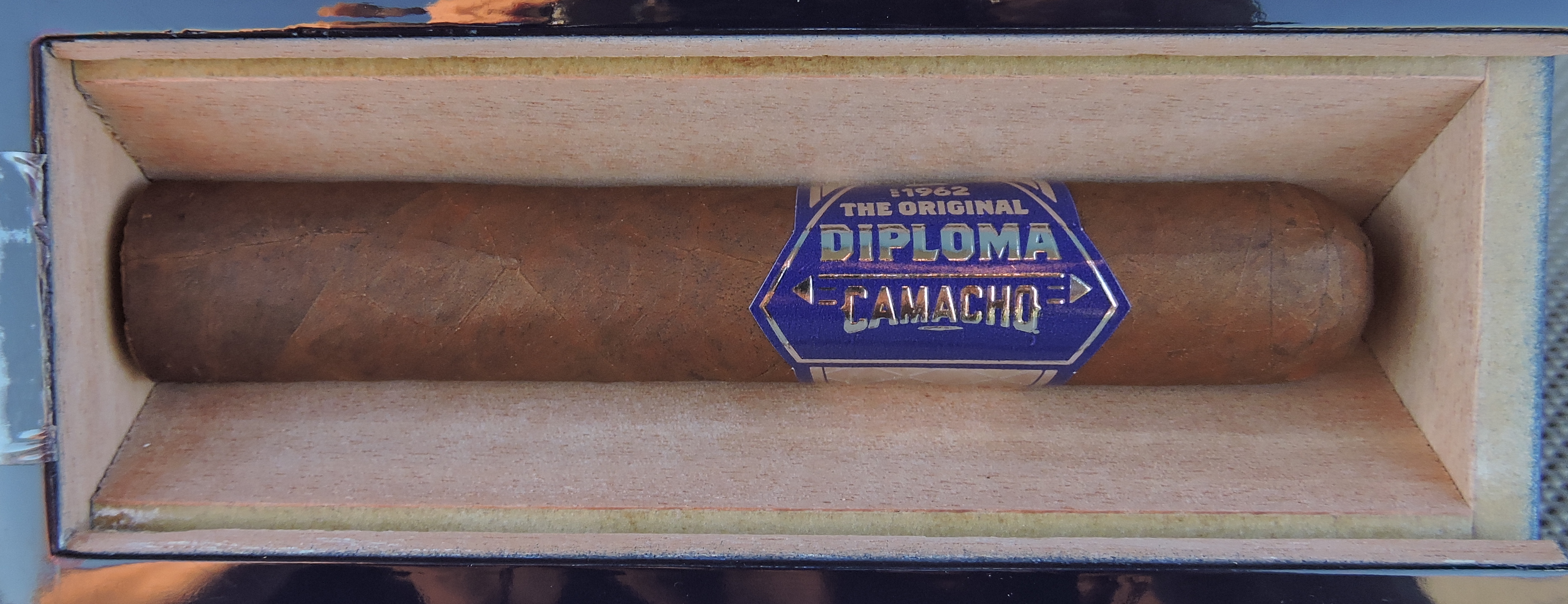 Camacho Diploma Special Selection-Open Coffin
