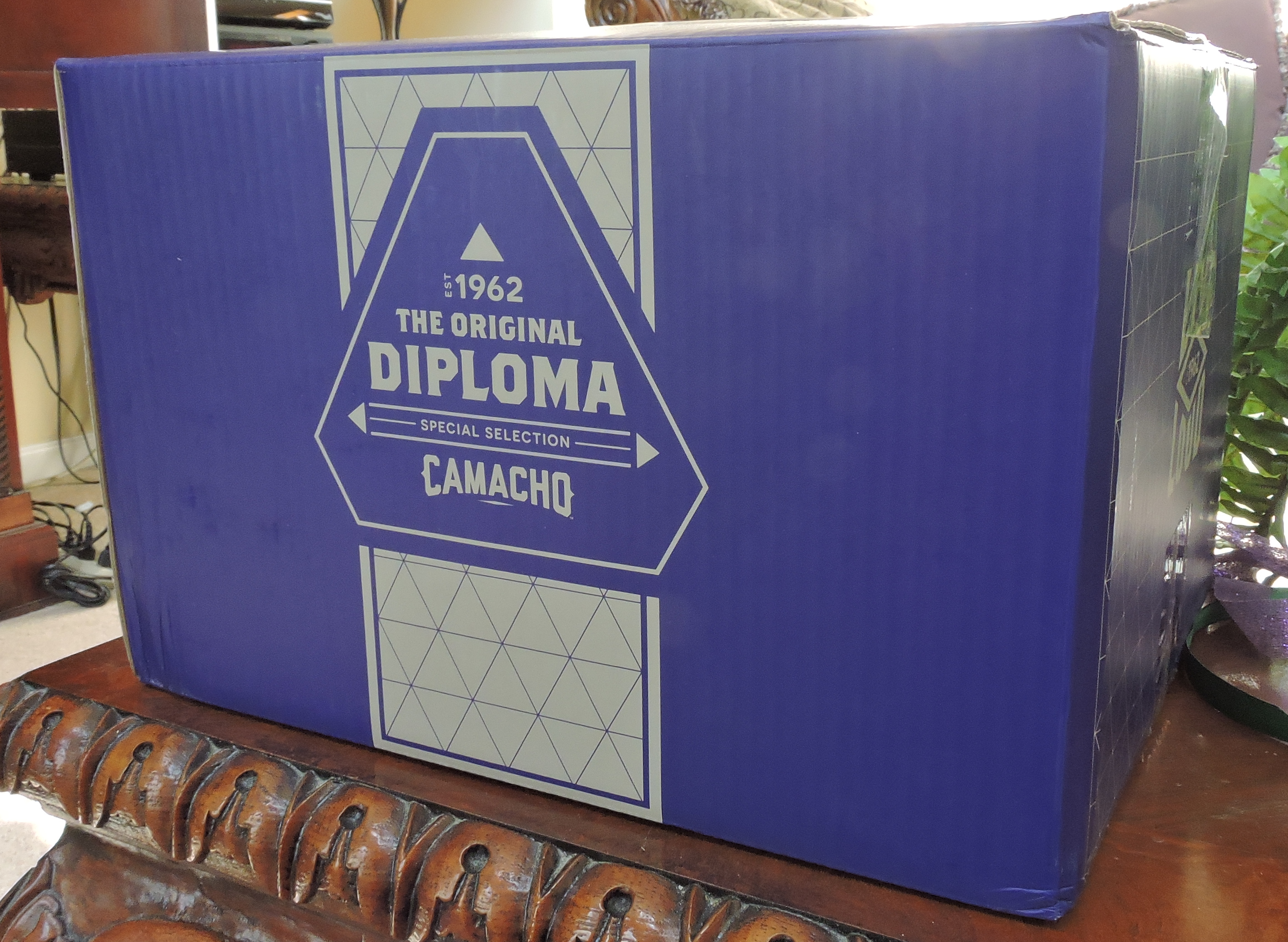 Camacho Diploma Special Selection Outer Box