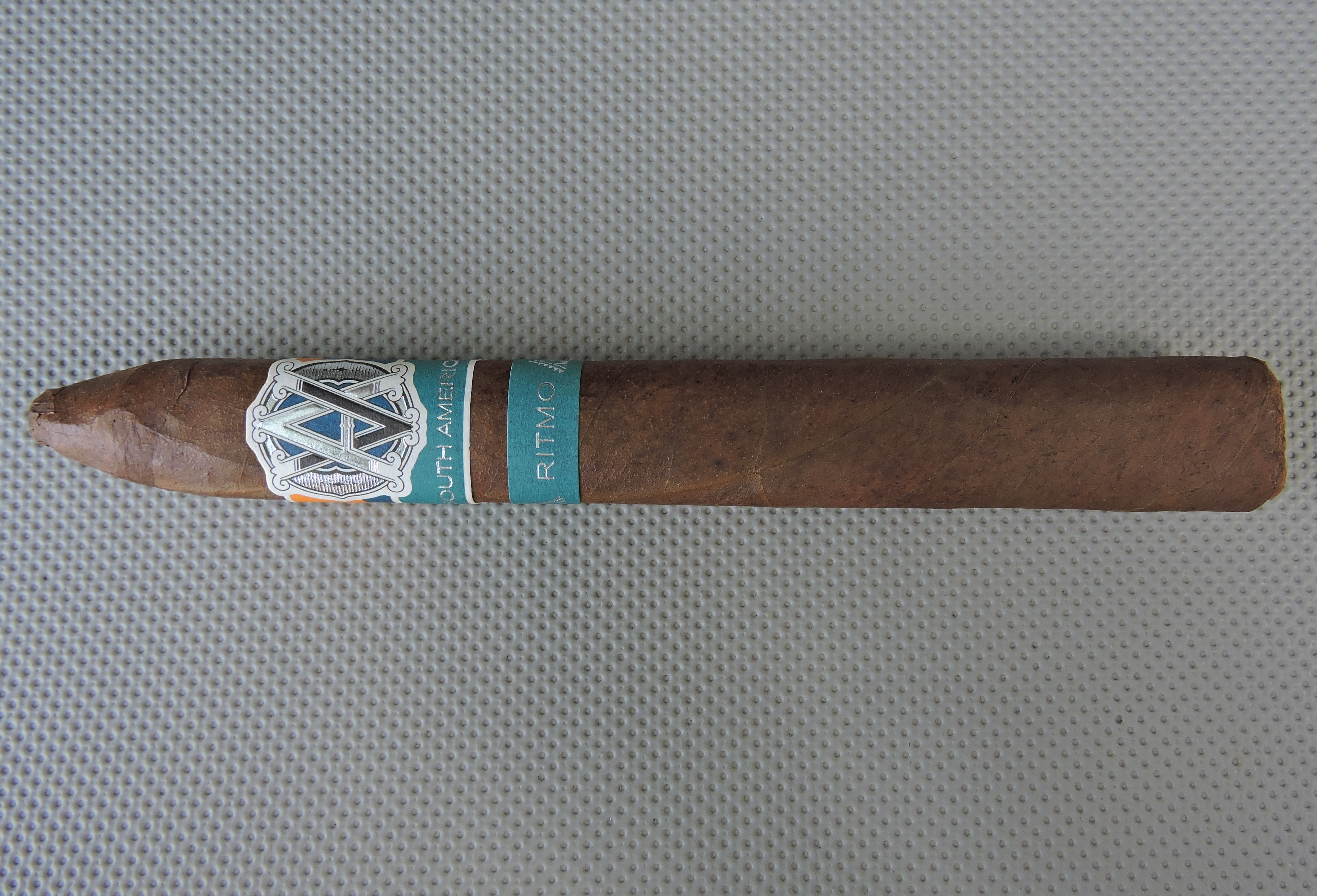 Agile Cigar Review: AVO Syncro South America Ritmo Torpedo Largo