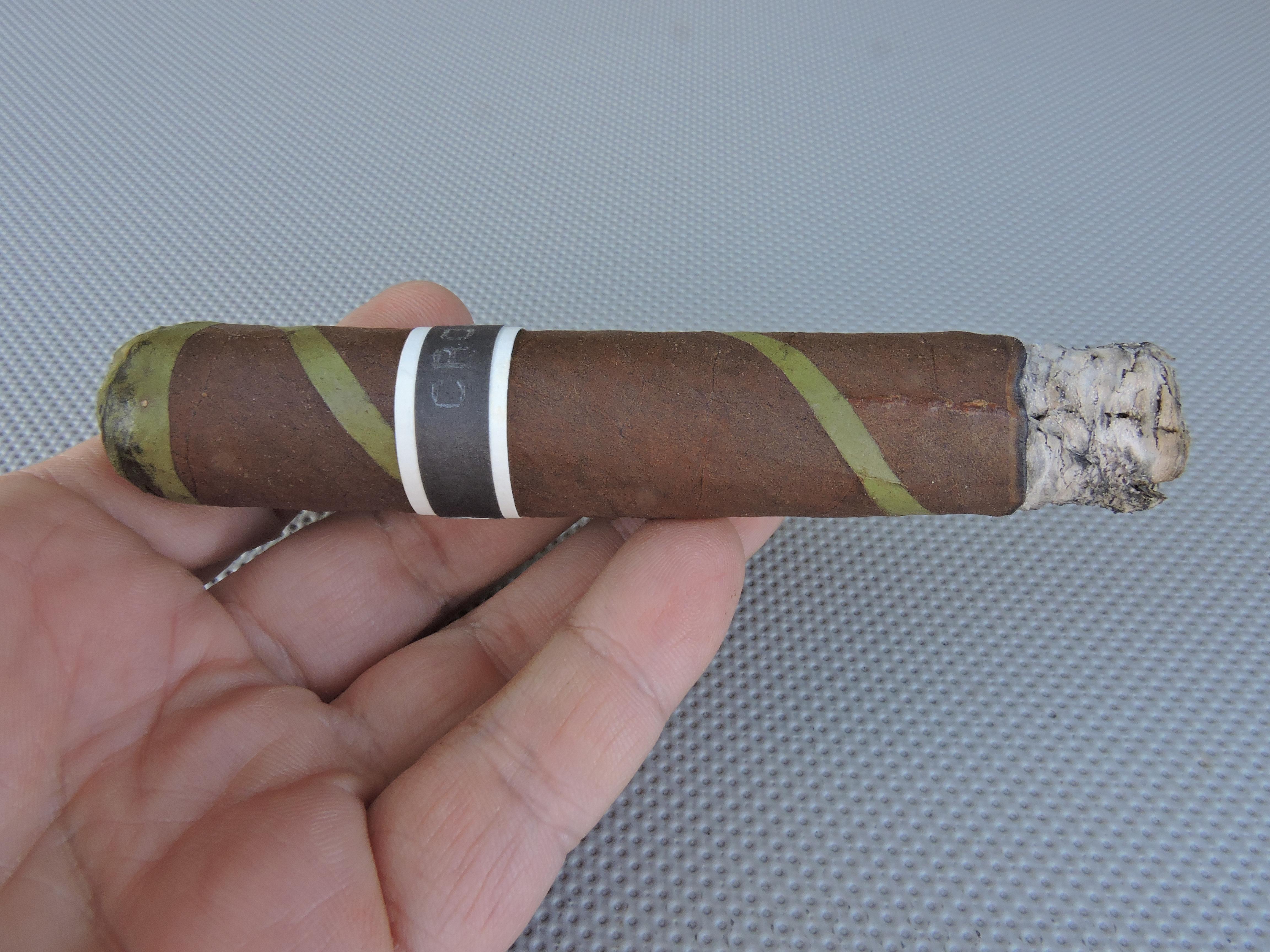 RoMa Craft Tobac Black Irish - Burn