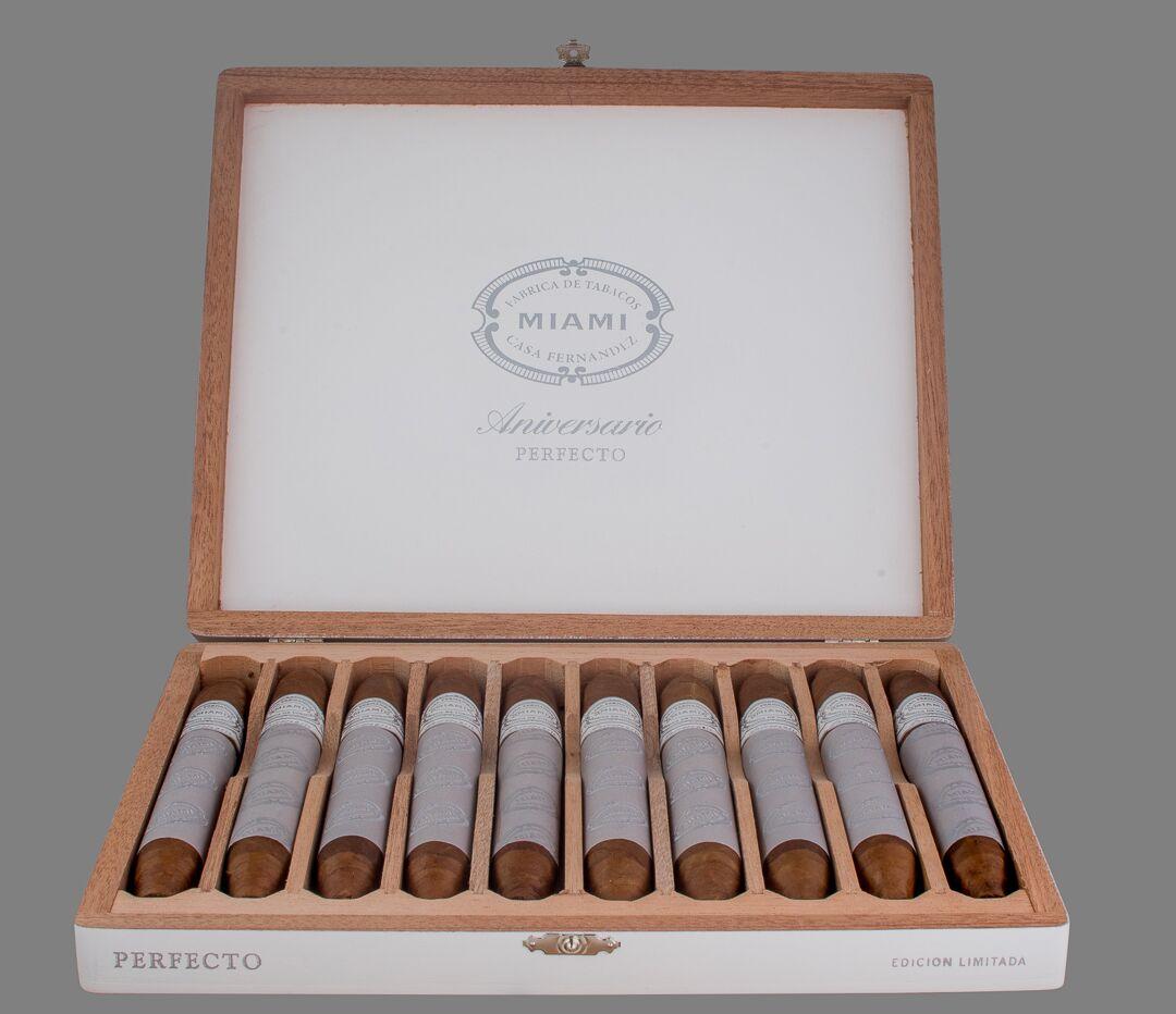 Cigar News: Aganorsa Leaf to Release Casa Fernandez Aniversario Perfecto at 2018 IPCPR