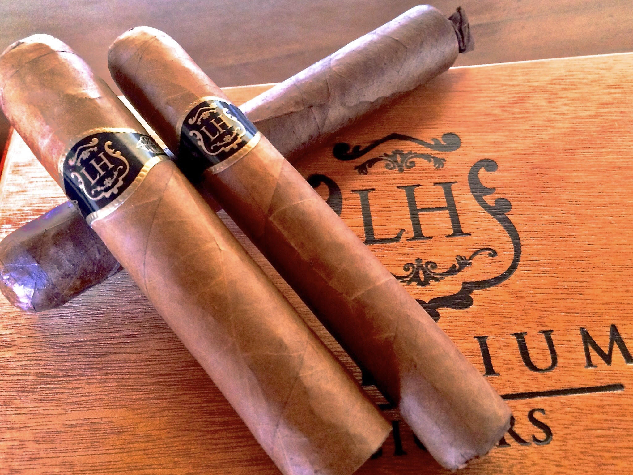 "Cigar News: LH ""Original Black Band"" Claro to Return"