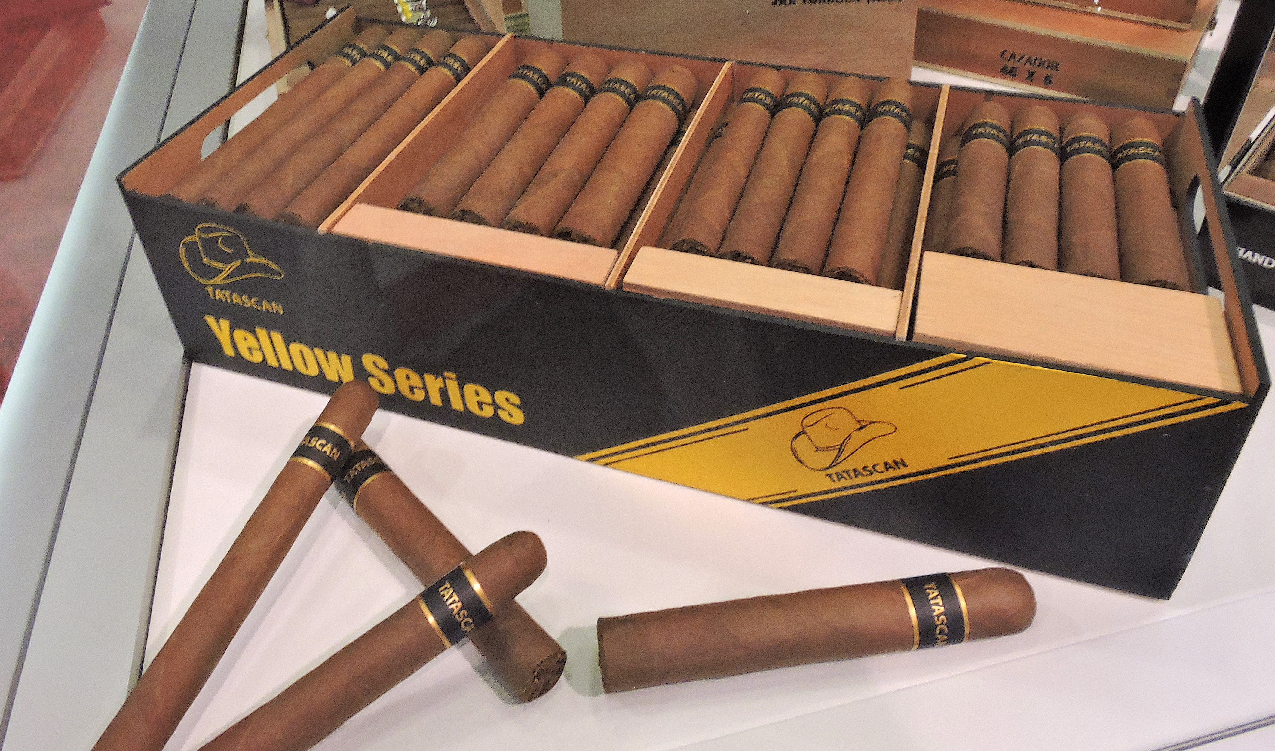 Cigar News: JRE Tobacco Introduces New Banding for Tatascan Yellow