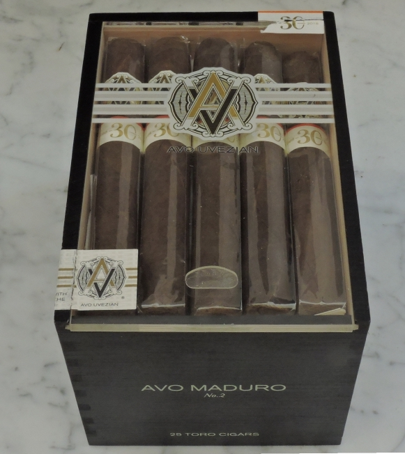 AVO Maduro No. 2 Closed Box