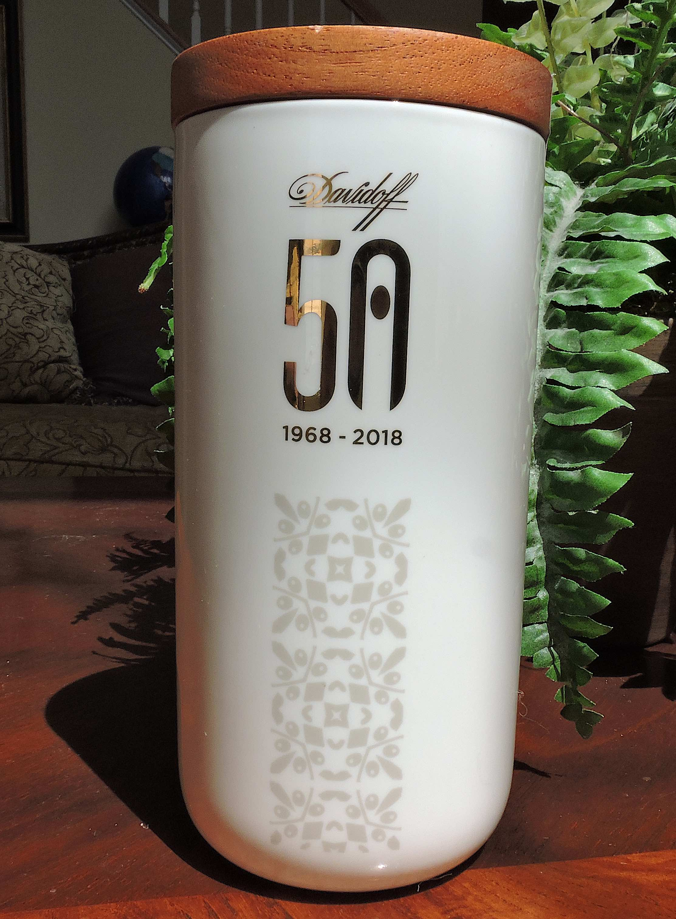 Davidoff 50 Years Limited Edition Diademas Finas L'Europe Jar