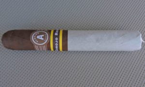 Cigar Review: Aladino Corojo Reserva by JRE Tobacco Company (Robusto)