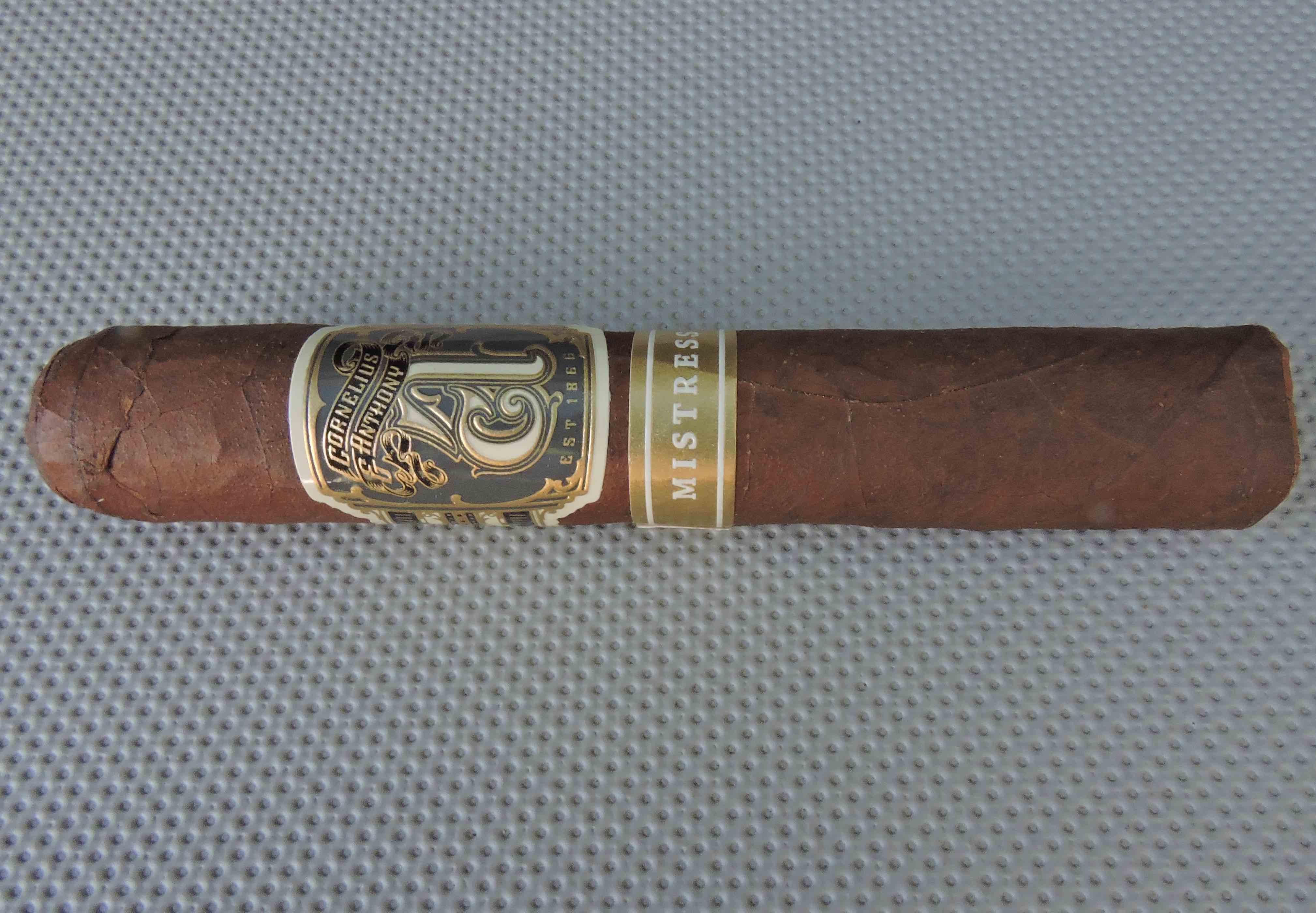 Cigar Review: Cornelius & Anthony – The Mistress Robusto