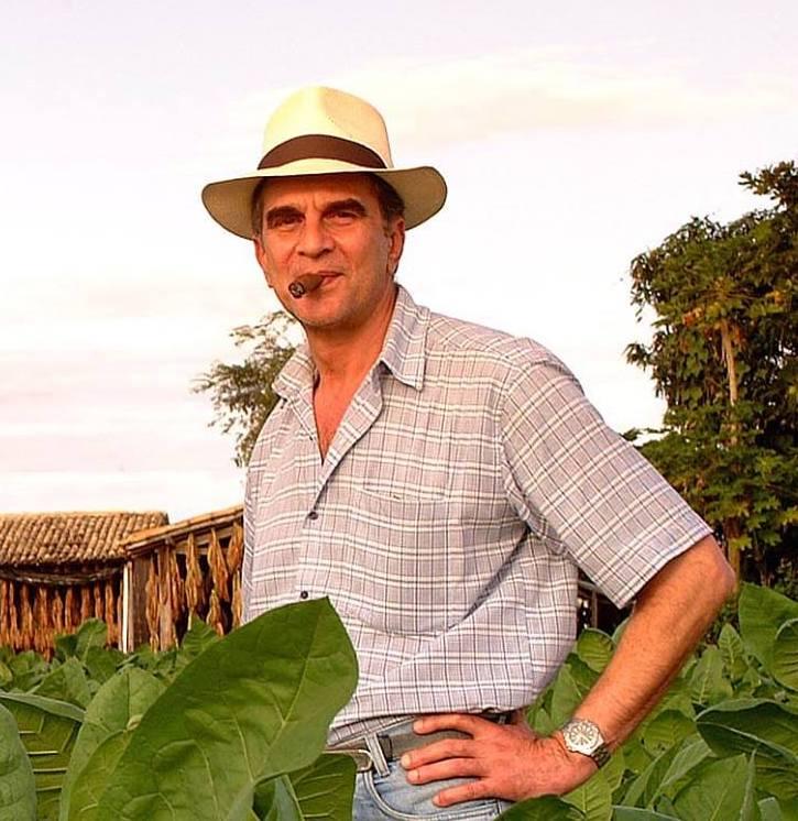 Cigar News: Felix Menendez, Brazilian Tobacco Legend Passes Away