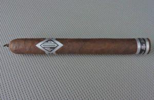 Cigar Review: Todos Las Dias Thick Lonsdale Mas Fuerte by Dunbarton Tobacco & Trust