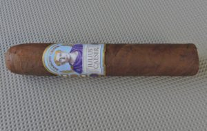 Agile Cigar Review: Diamond Crown Julius Caeser Robusto by J.C. Newman Cigar Company