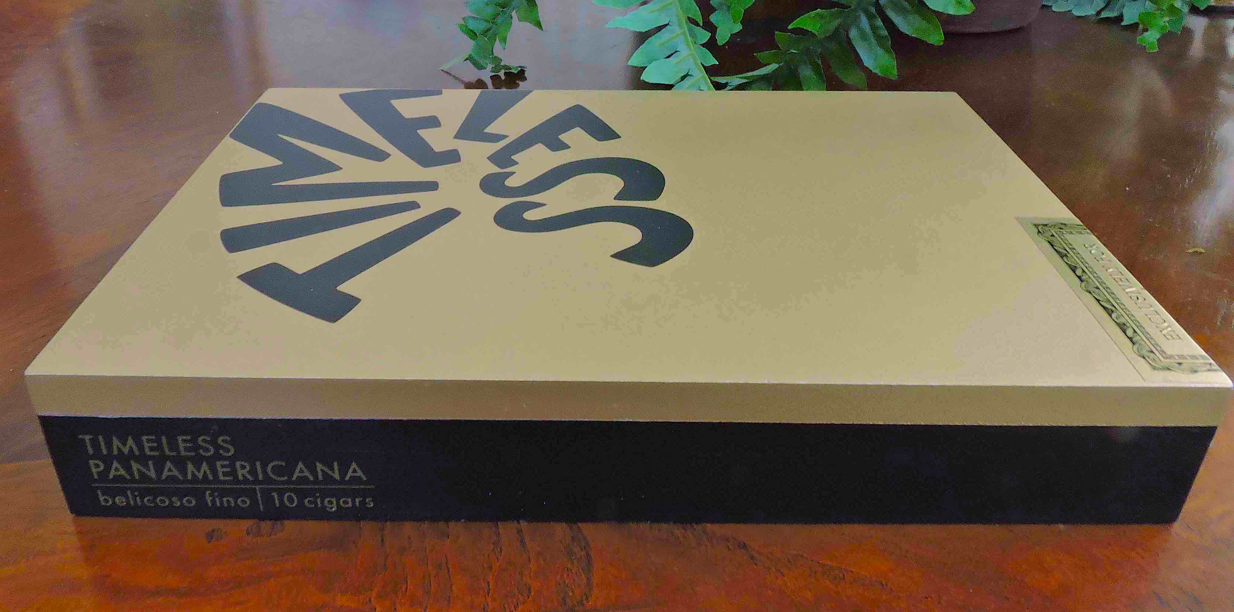 Nat Sherman Panamericana-Closed Box