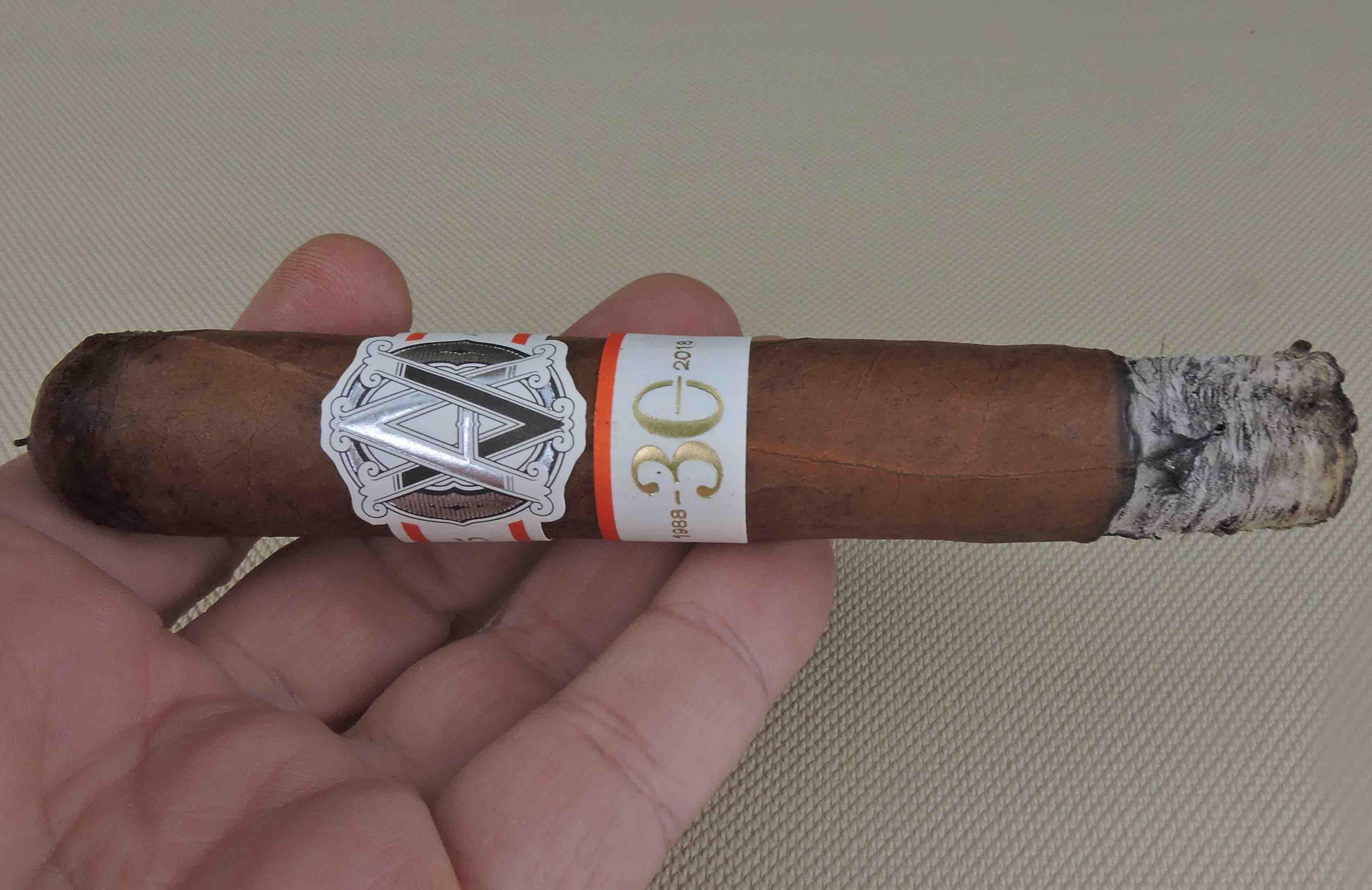 AVO LE05 30 Years-Burn