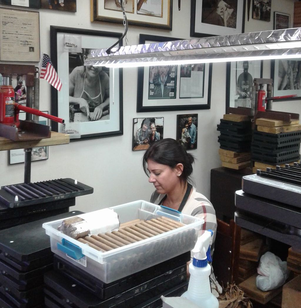 Cigar News: Boutique U.S. Factories and CRA Form Coalition of American Rollers