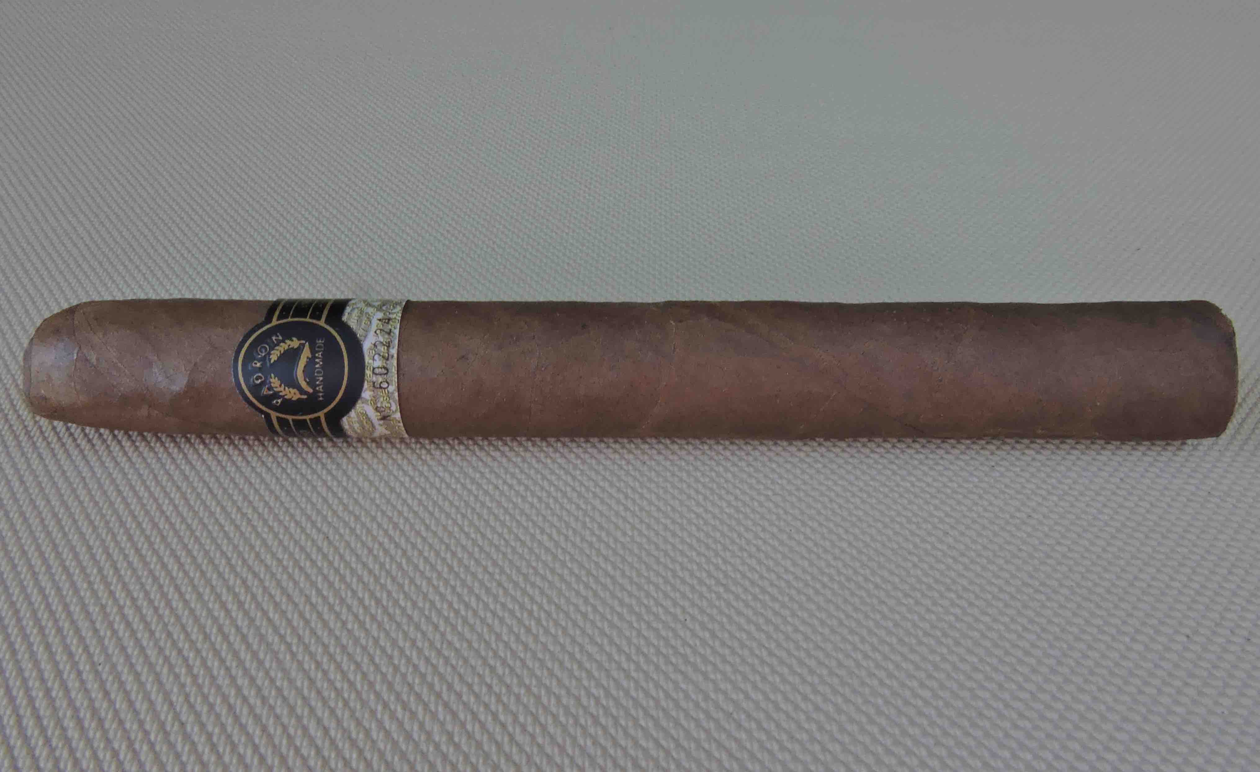 Agile Cigar Review: Padrón No. 89 Natural  (TAA Exclusive)