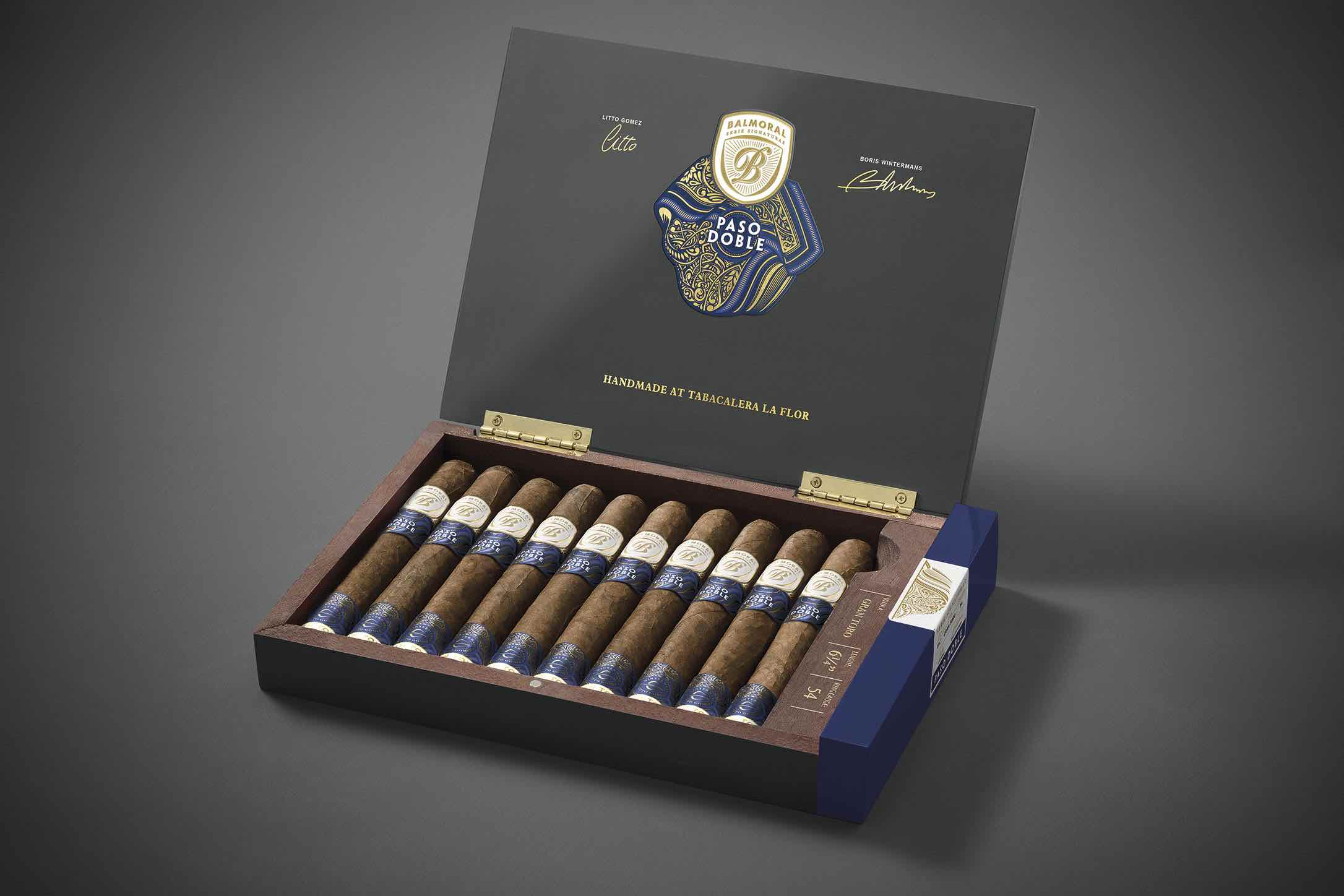 Cigar News: Royal Agio Cigars Ships Balmoral Serie Signaturas Paso Doble to Retailers