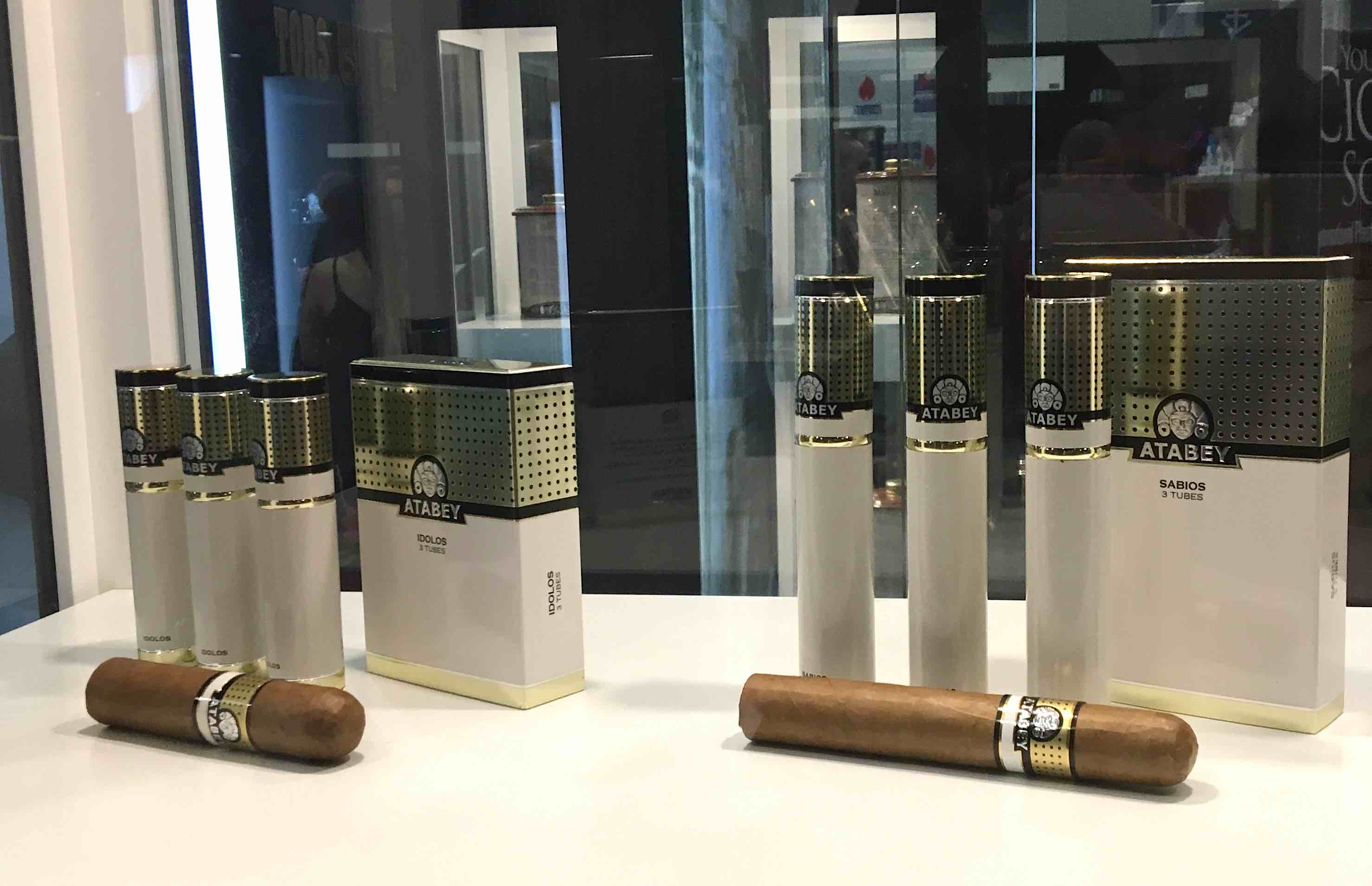 Cigar News: Selected Tobacco Launches Atabey Idolos and Sabios Line Extensions