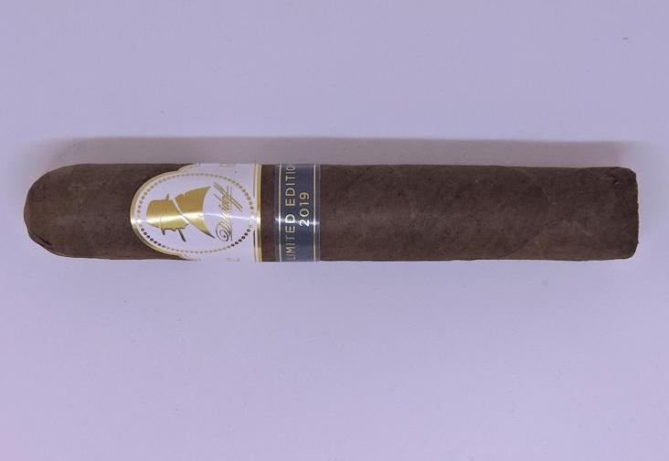 Cigar Review: Davidoff Winston Churchill Limited Edition 2019 Robusto