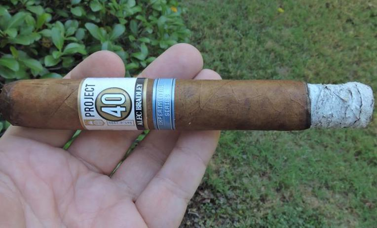 Alec Bradley Project 40 06.52-Burn