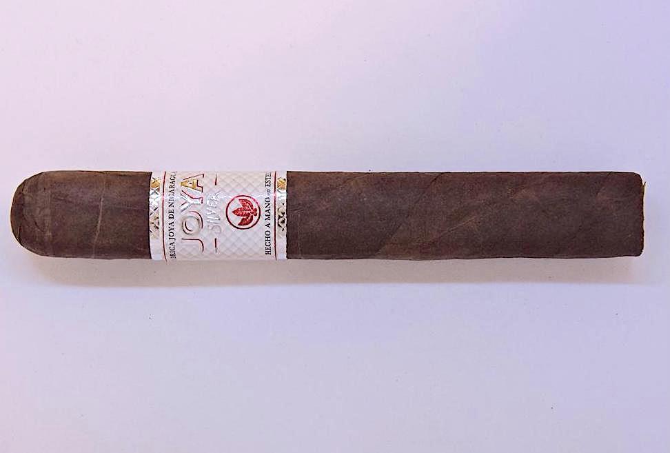 Cigar Review: Joya Silver Toro by Joya de Nicaragua