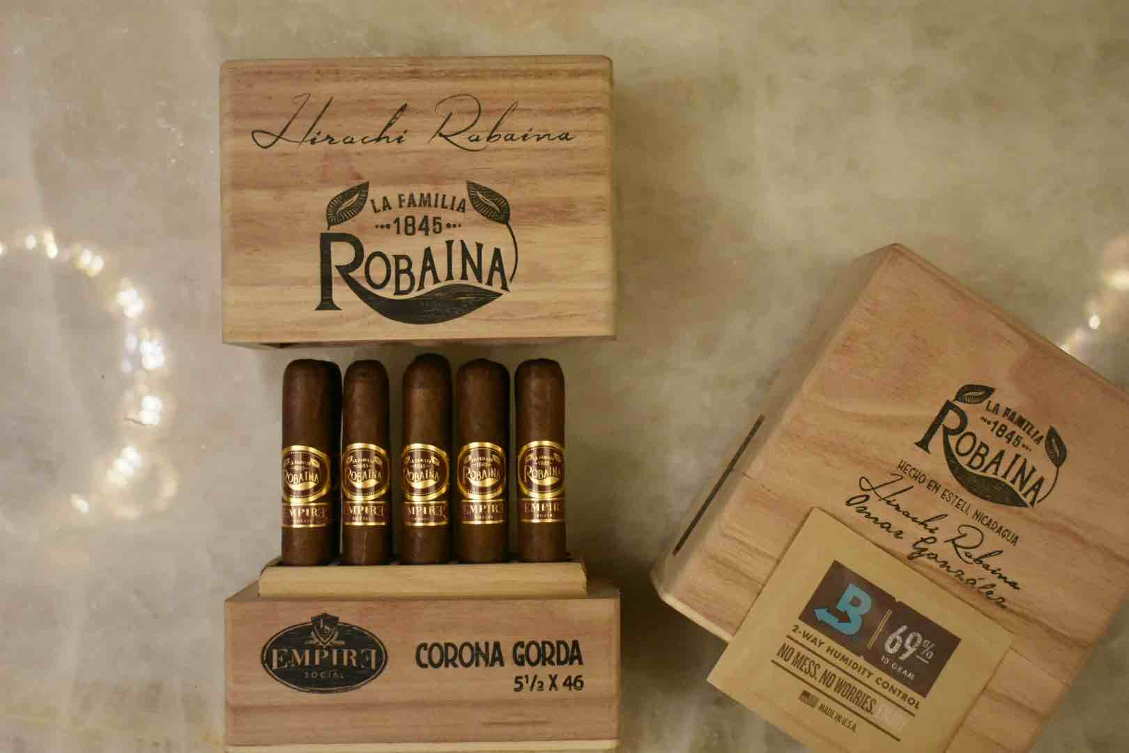 Cigar News: La Familia Robaina Releases Exclusive H.R. Signature Corona Gorda Offering