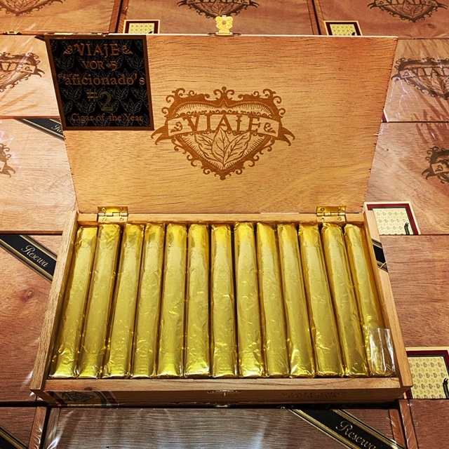 Cigar News: Viaje Oro Reserva VOR No. 5 Making Return