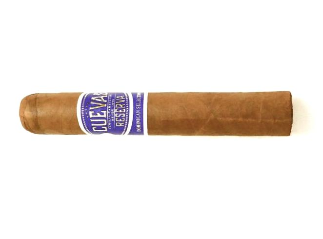 Cuevas Reserva Natural Robusto