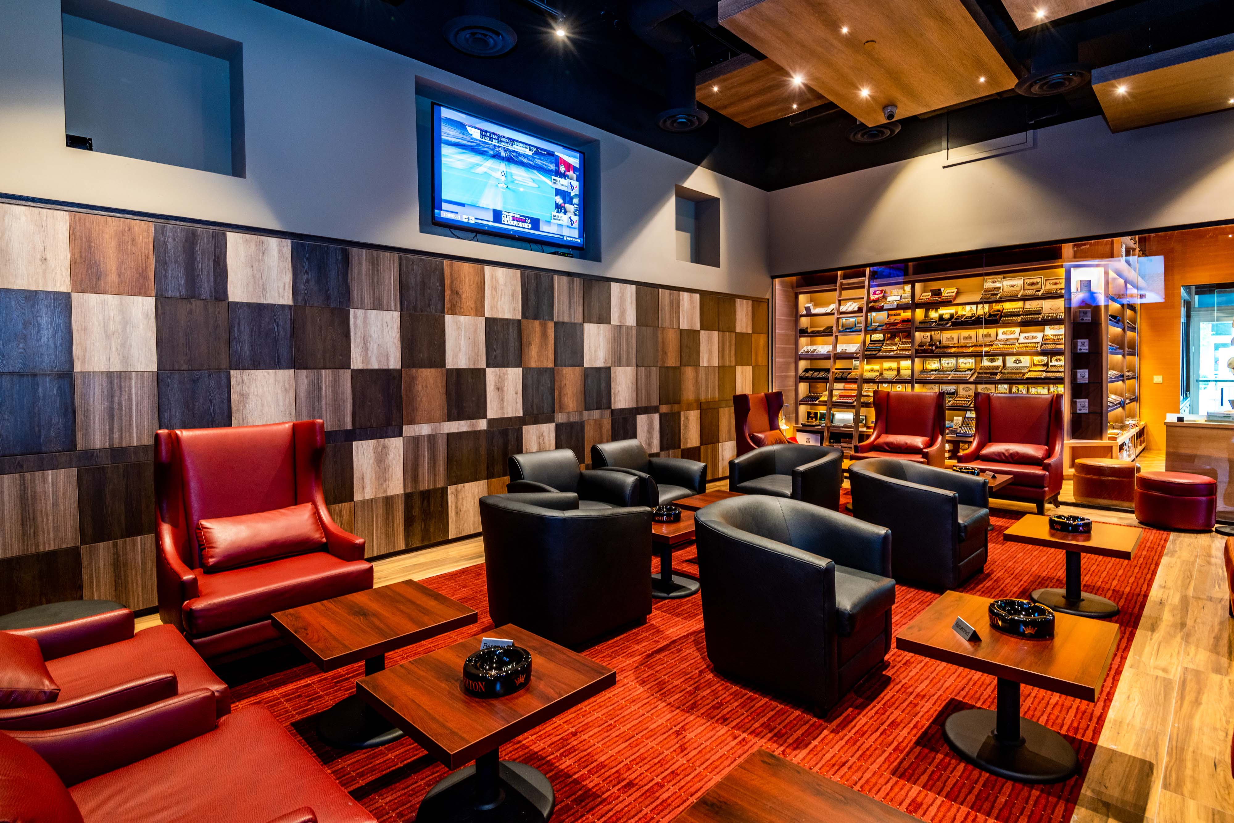 The Blog: Empire Social Lounge Opens in Miami