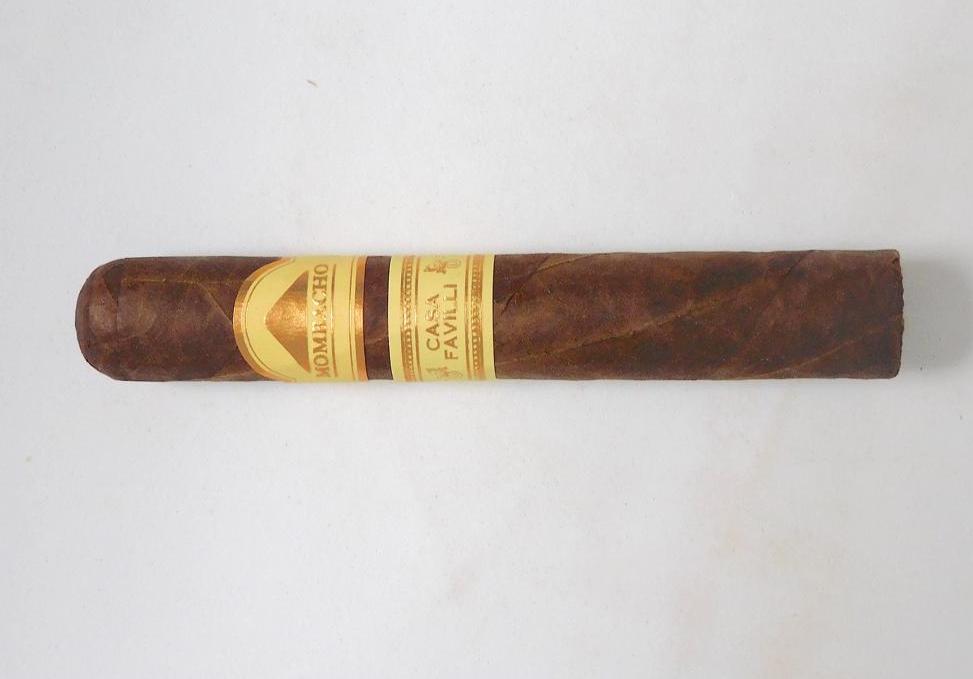 Cigar Review: Mombacho Casa Favilli Robusto