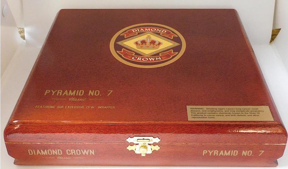Diamond Crown Pyramid No 7 - Closed Box